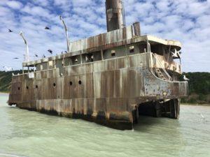 shipwreck close
